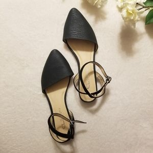 Chinese Laundry Black Strap Point Toe Flats